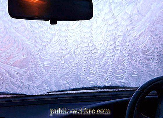 Tricks that will relieve the problem of freezing glasses in the car